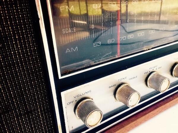 オフィスに社長がいなくても思いは共有できる 〜 リモートチームならやるべき「社長ラジオ」