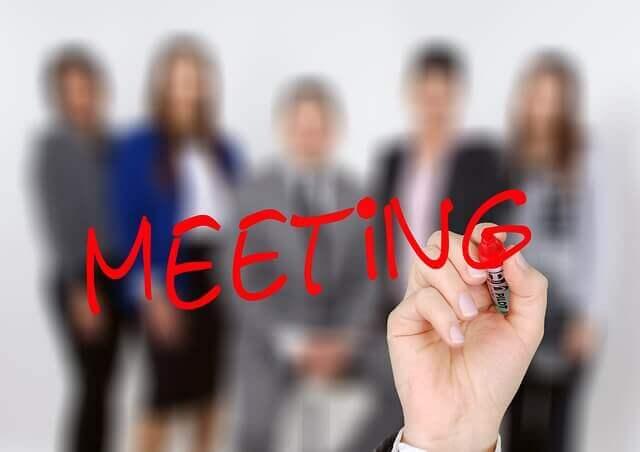 リモートワークでの会議の誤解と活用のコツ